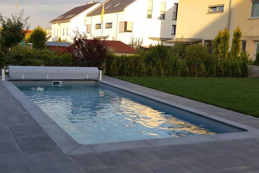 Pool in einem privaten Garten